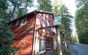 Copper Creek Inn, Cabins and Lodge near Mt. Rainier