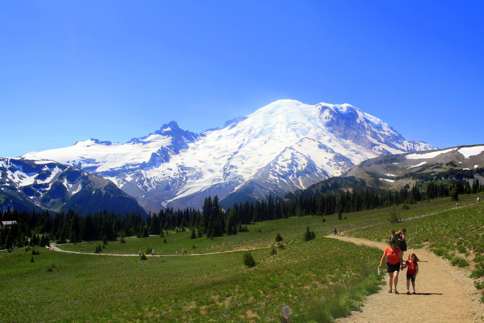 Mount Rainier Sunrise | Visit Rainier