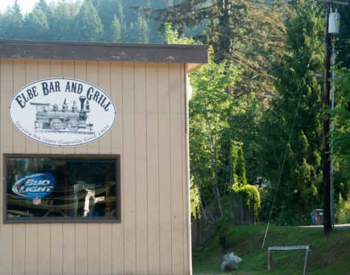 Elbe Bar and Grill