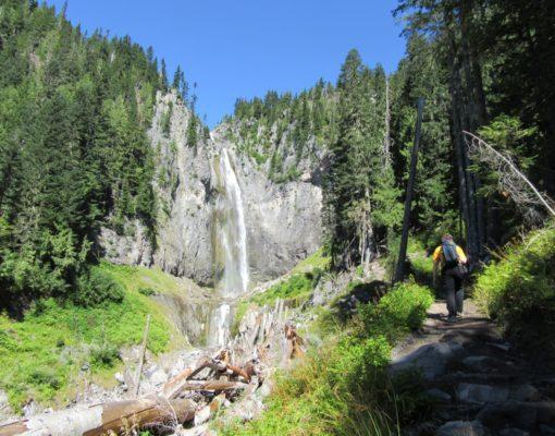 Hike Comet Falls