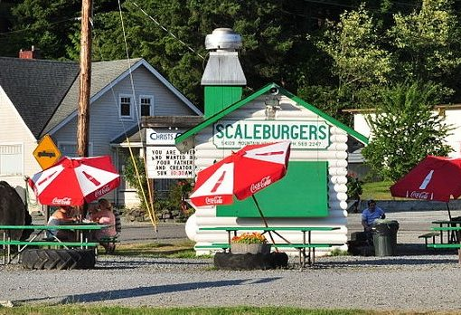 Scaleburgers in Elbe, WA