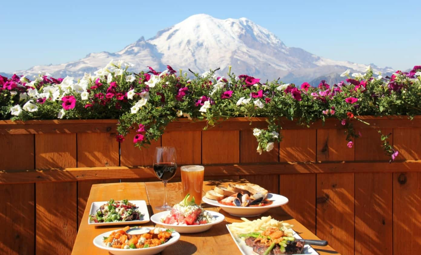 Summit House Outdoor Dining