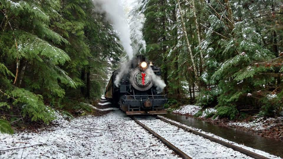 All Aboard The Polar Express™ Train Ride | Visit Rainier