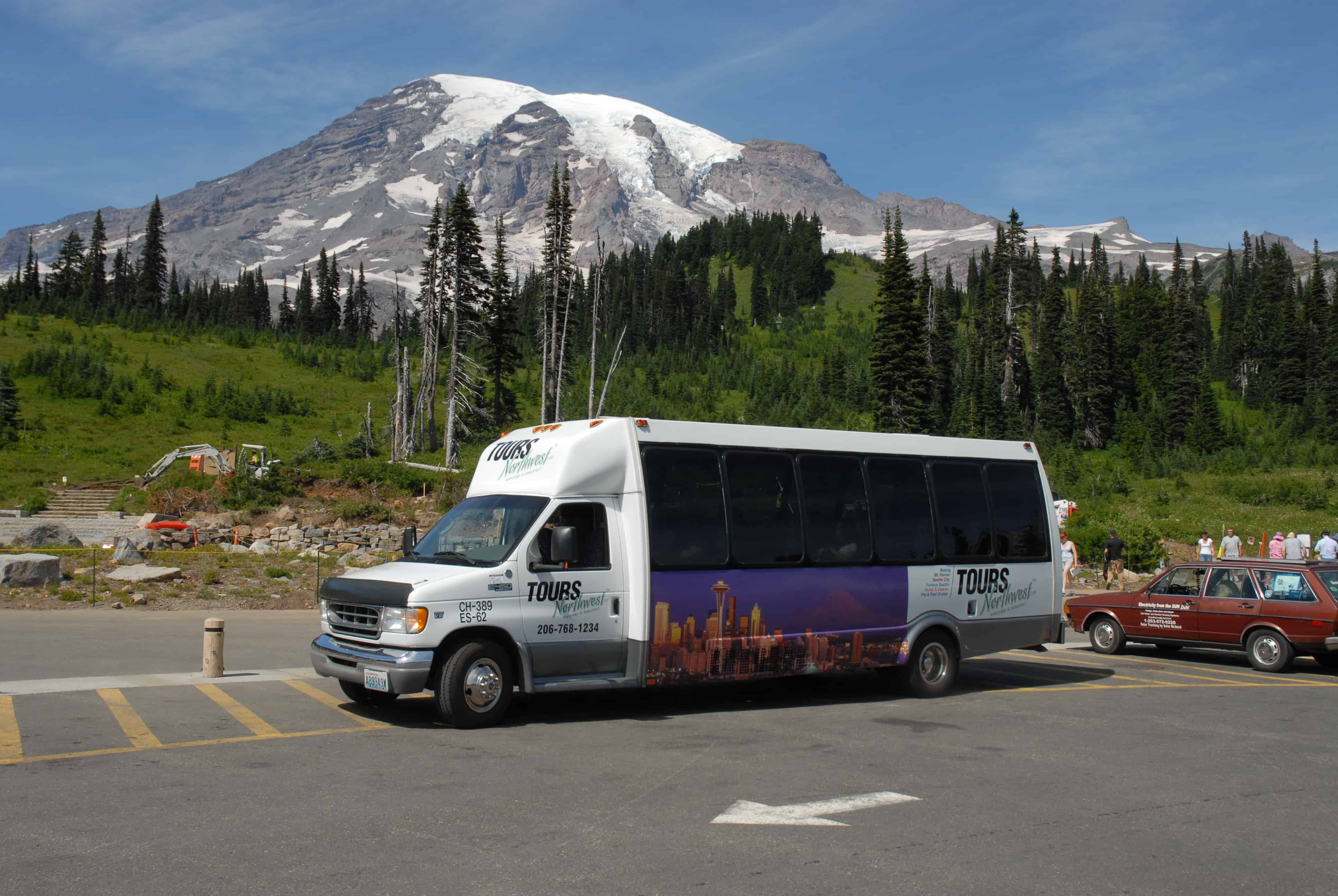 Tours Northwest tour bus at Mt Rainier