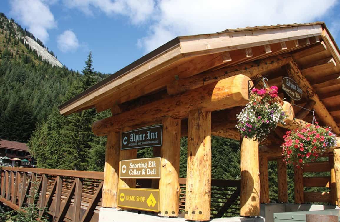 The alpine inn at crystal mountain resort visit rainier for The alpine lodge