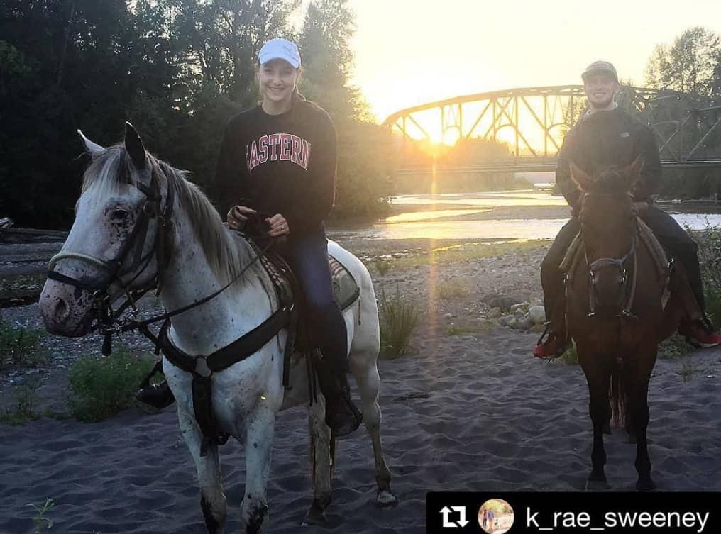 EZ Times Outfitter Horseback Riding Tours Photo Courtesy K Sweeney