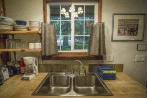 Altimeter Cabin kitchen