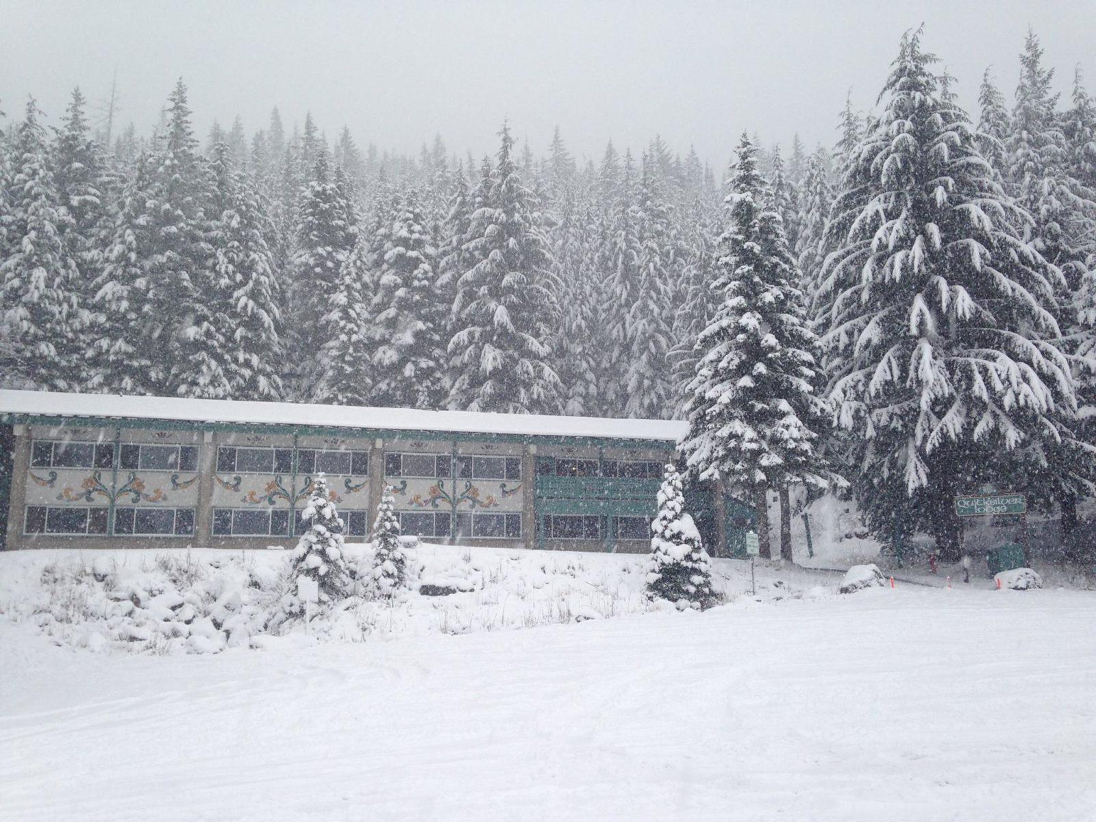 Quicksilver Inn Winter