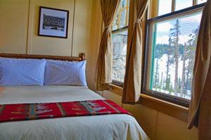 Paradise Inn Guest Room