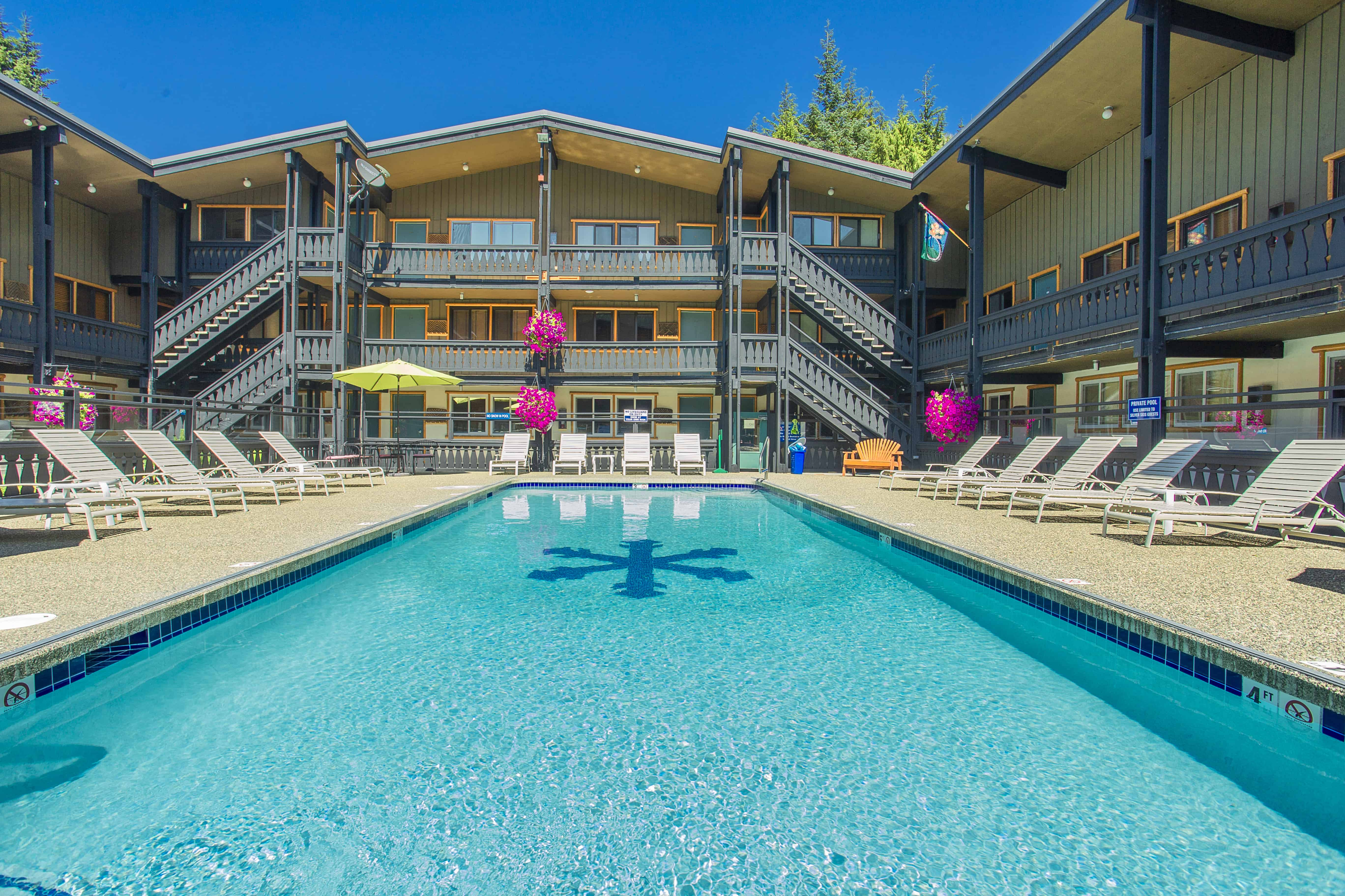 Silver Skis Chalet Outdoor Pool