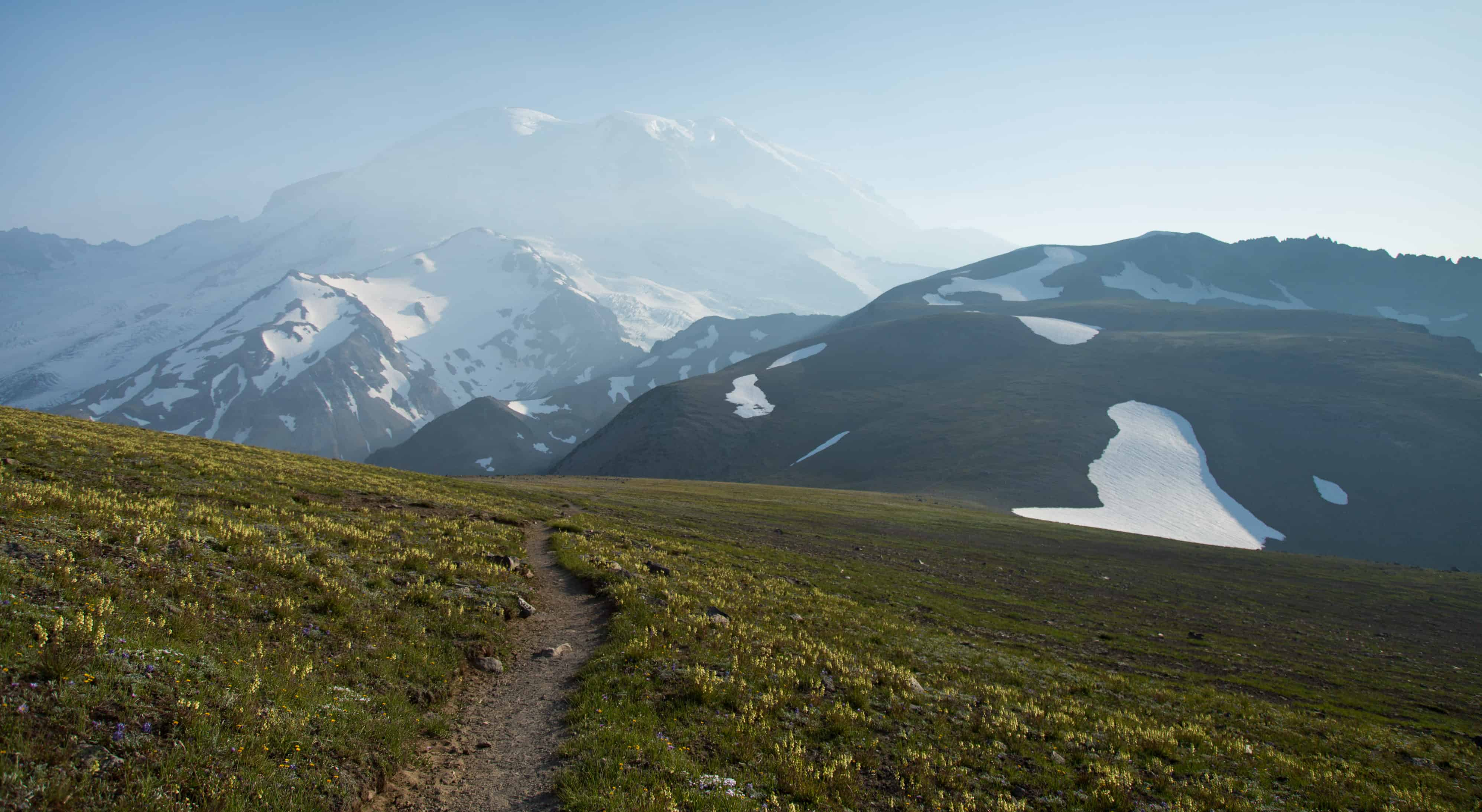 Trail leading to Third Burroughs at Mount Rainier National Park