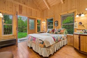 Trillium Cabin Interior