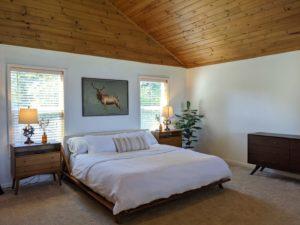 Bedroom at Alder Lake Lookout