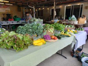 Mason Jar Farm produce table