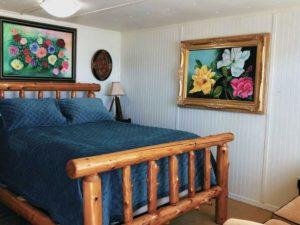 Mason Jar Farm guest room