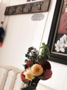 Mason Jar Farm guest room flowers