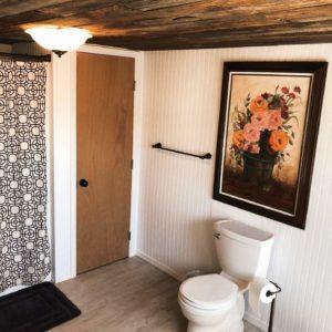 Mason Jar Farm guest room toilet