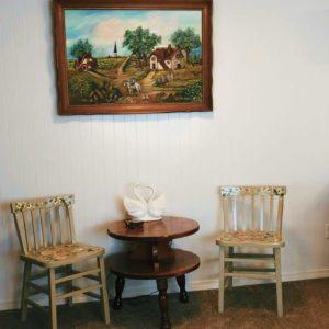 Mason Jar Farm guest room chairs